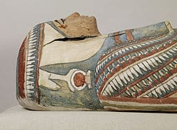 This mummy is adorned with cartonnage, layers of linen and plaster. Walters Art Museum [Public domain, CC BY-SA 3.0 (http://creativecommons.org/licenses/by-sa/3.0) or GFDL (http://www.gnu.org/copyleft/fdl.html)], via Wikimedia Commons