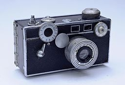 "Famed rodeo photographer began with this camera, nicknamed ""The Brick,"" which cost just $27 then. (Photo credit: Jarek Tuszynski, Wikimedia Commons)"